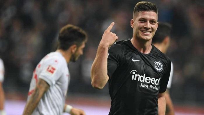 体图:约维奇有意加盟拜仁,拜仁还未报价