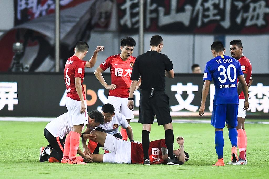 记者:郜林预计伤停两周,卡帅今年比15年还惨
