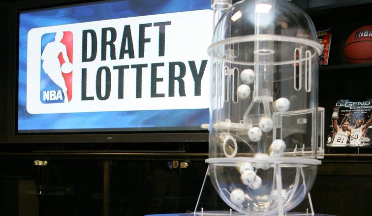 若抽签机器发生故障,联盟计划将乒乓球放入开口篮球摇号