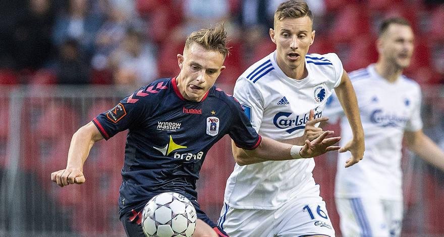 官方:租借签下丹麦 U19国脚卡斯特鲁普