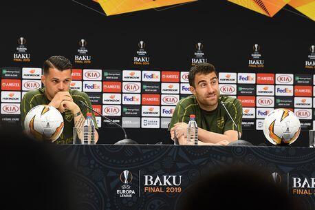 帕帕:盼祖国球迷带给我们好运, 希望科斯切尔尼留队