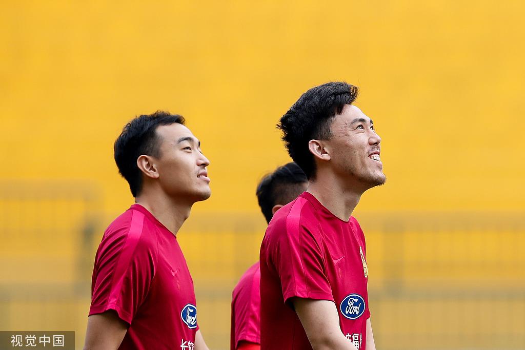 记者:冯潇霆并未淡出国足,相信还会有归化球员入选