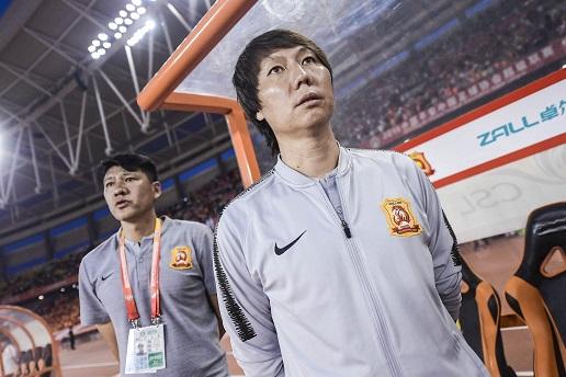 李铁:胜利送给球迷的孩子,他们去踢球中国足球才有希望