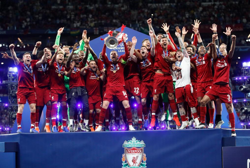 你永远不会独行!利物浦夺冠后全场高唱YNWA