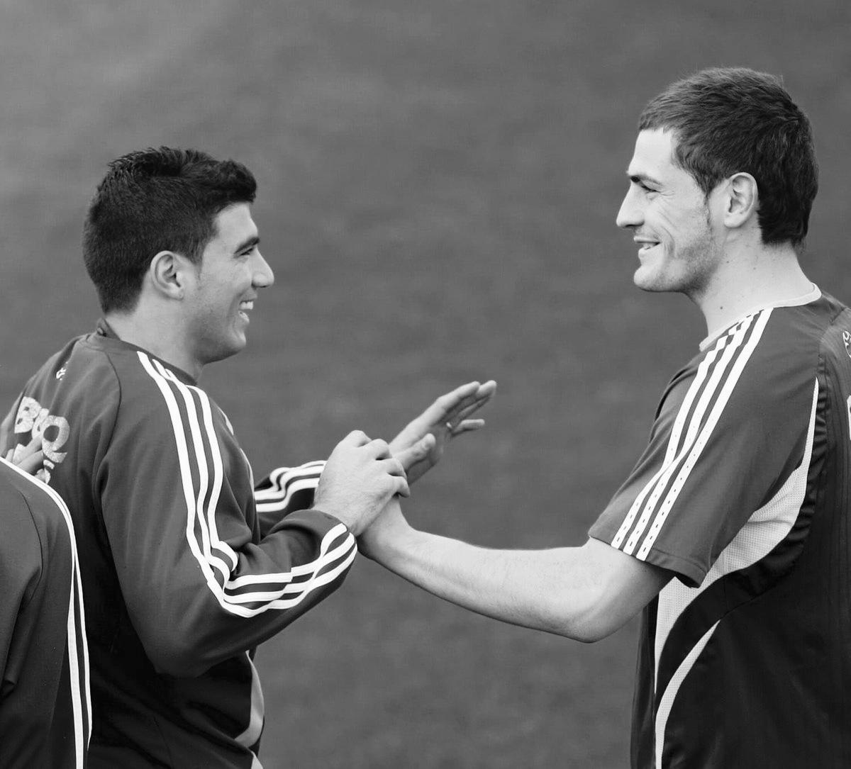 卡西哀悼雷耶斯:你的两粒进球为我们带来冠军,永远铭记