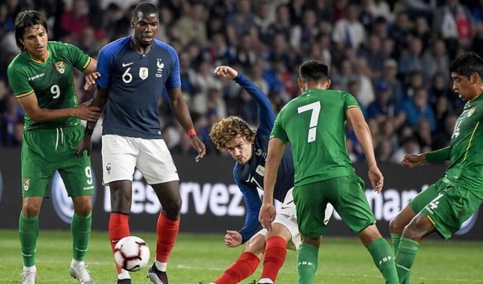 博格巴在法国队送出绝妙长传, 高呼:这才是博格巴