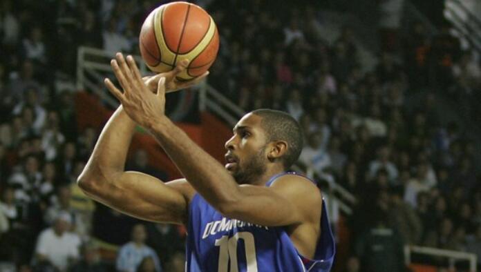 多米尼加男篮国家队主管:霍弗德唐斯今夏可能性很大