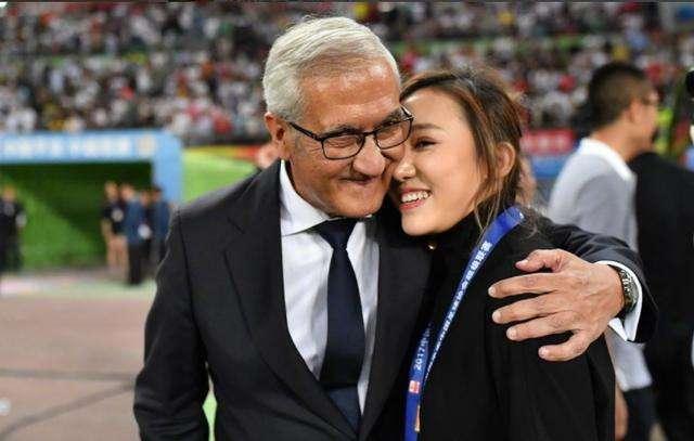 曼萨诺:中国足球任重道远,武磊带动球员留洋