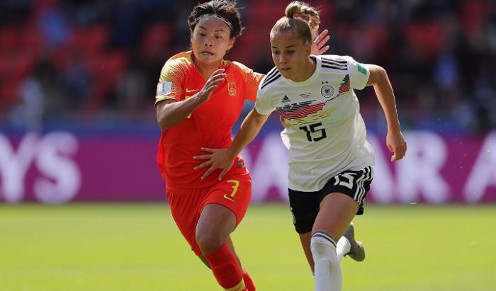 德国女足主帅:与中国队的比赛非常困难