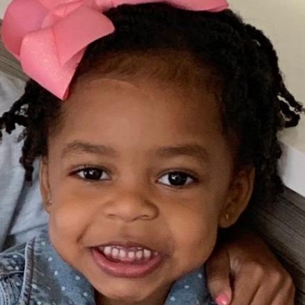 贾马尔-克劳福德发推晒出女儿照片并祝宝贝女儿生日快乐
