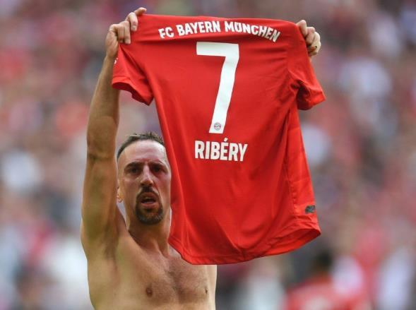 里贝里:我想未来回拜仁做协调专员,支持教练工作
