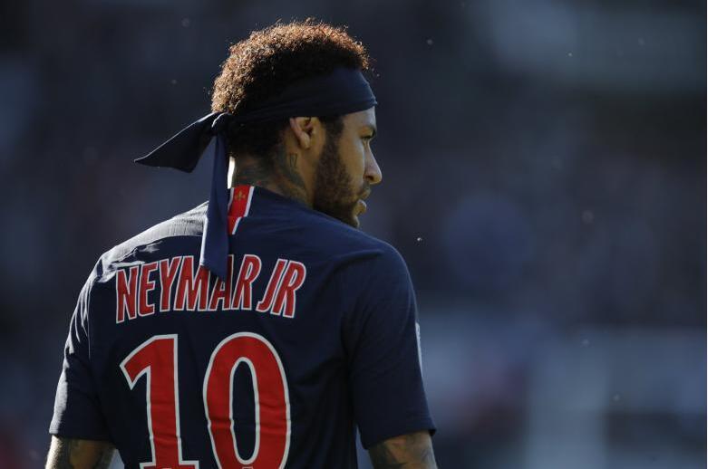 队报:巴黎圣日耳曼高层将批准内马尔今夏离队