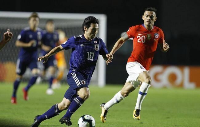 美洲杯:桑切斯传射巴尔添斯双响,智利4-0日本开门红