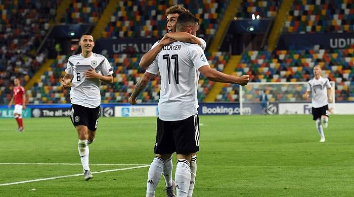里希特两球瓦尔德施密特建功,德青队取得开门红