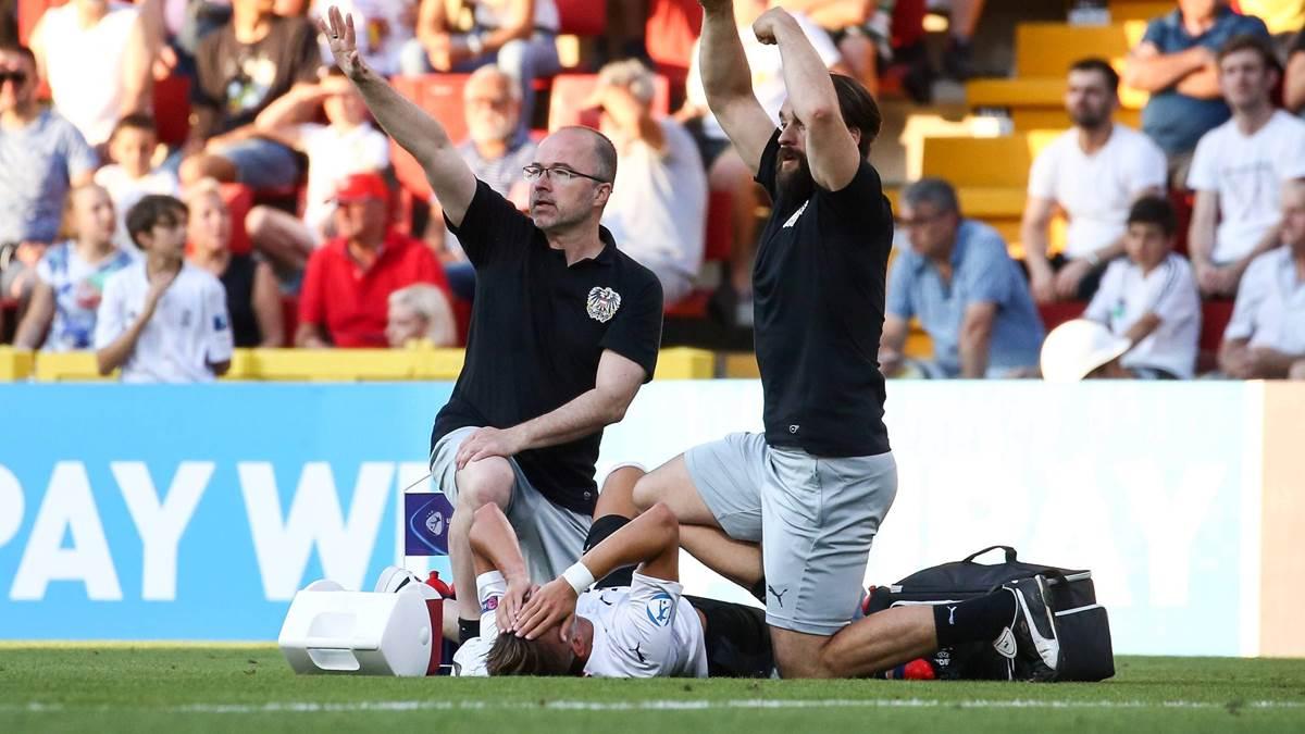 慎入!莱比锡新援欧青赛遭遇重伤, 脚踝严重变形