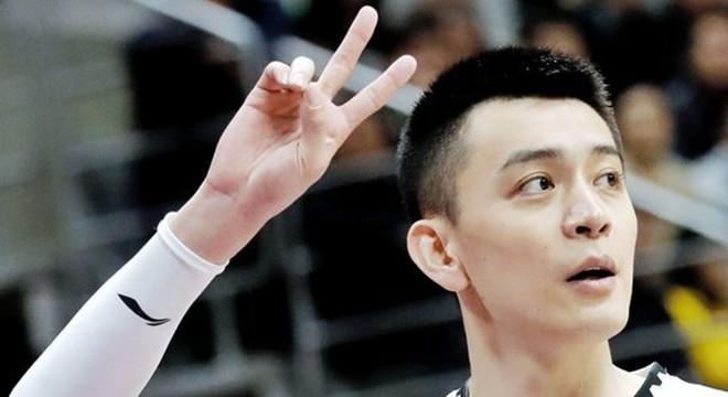 辽宁队下赛季首个主场比赛日将为杨鸣退役球衣