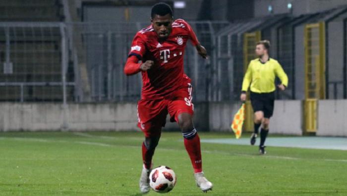 官方:拜仁前锋埃维纳租借加盟乌丁根