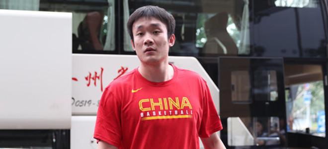 山东男篮:丁彦雨航与球队还在合同期,欢迎他回国打球