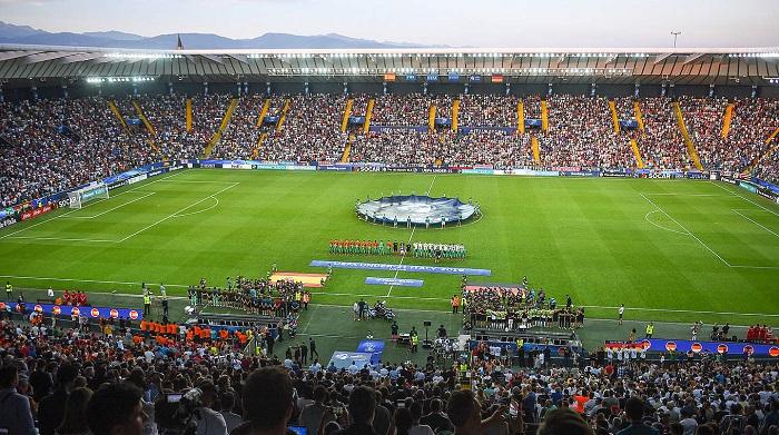 受关注!超 900万德国球迷收看德国与西班牙欧青赛决赛