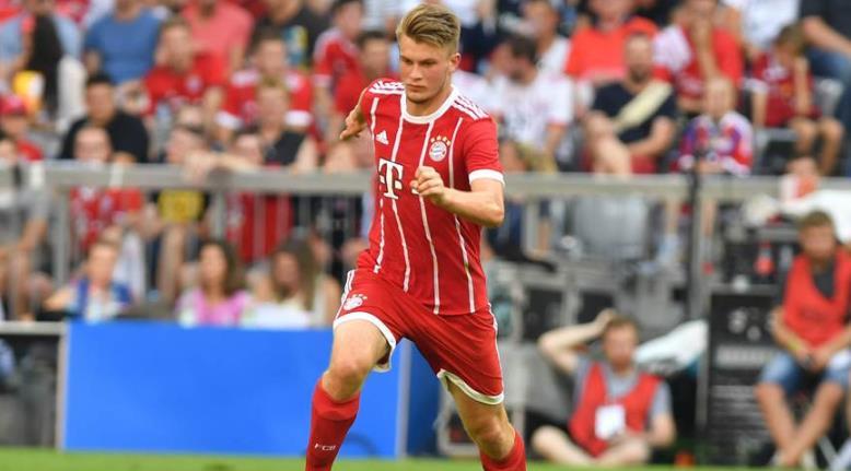 踢球者:斯图加特对拜仁中后卫迈感兴趣