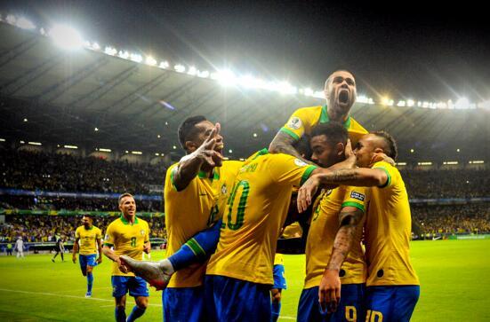 热苏斯助攻,菲尔米诺进球!巴西2-0阿根廷
