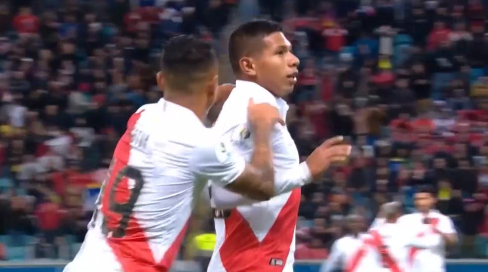 GIF:弗洛雷斯门前抢点破门,秘鲁1-0领先