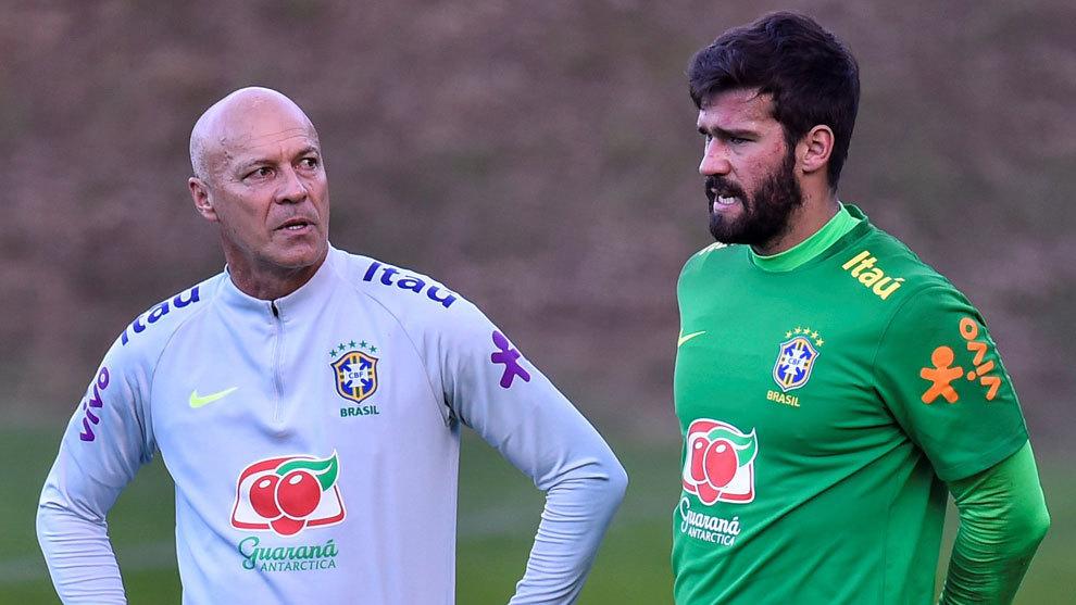 马卡:阿利松未与巴西队一起训练,但会出战美洲杯决赛