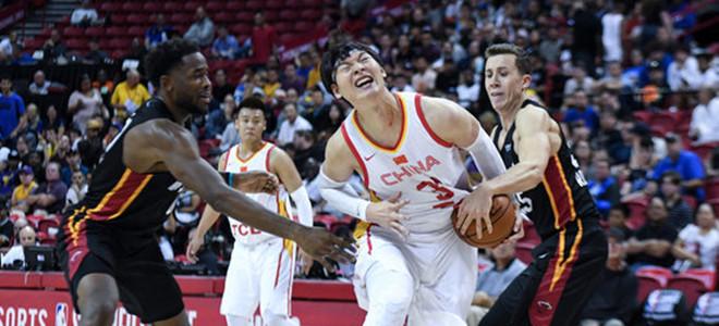 王哲林:我们确实还不太适应NBA的防守强度