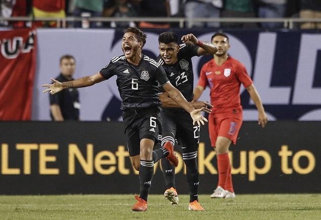 金杯赛:多斯桑托斯破门制胜,墨西哥1-0美国夺冠