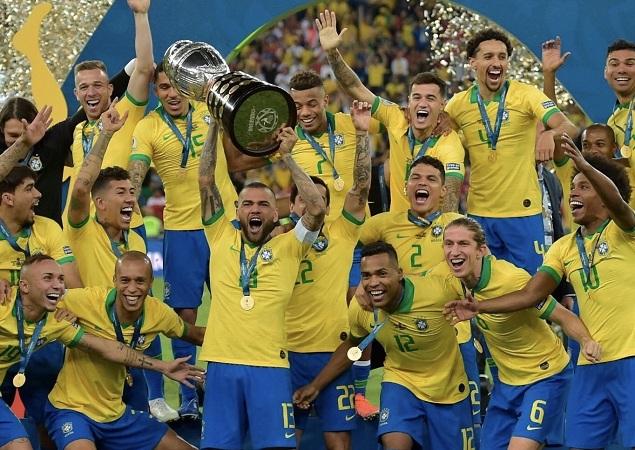 美洲杯:热苏斯传射+染红埃韦顿破门,巴西3-1秘鲁夺冠