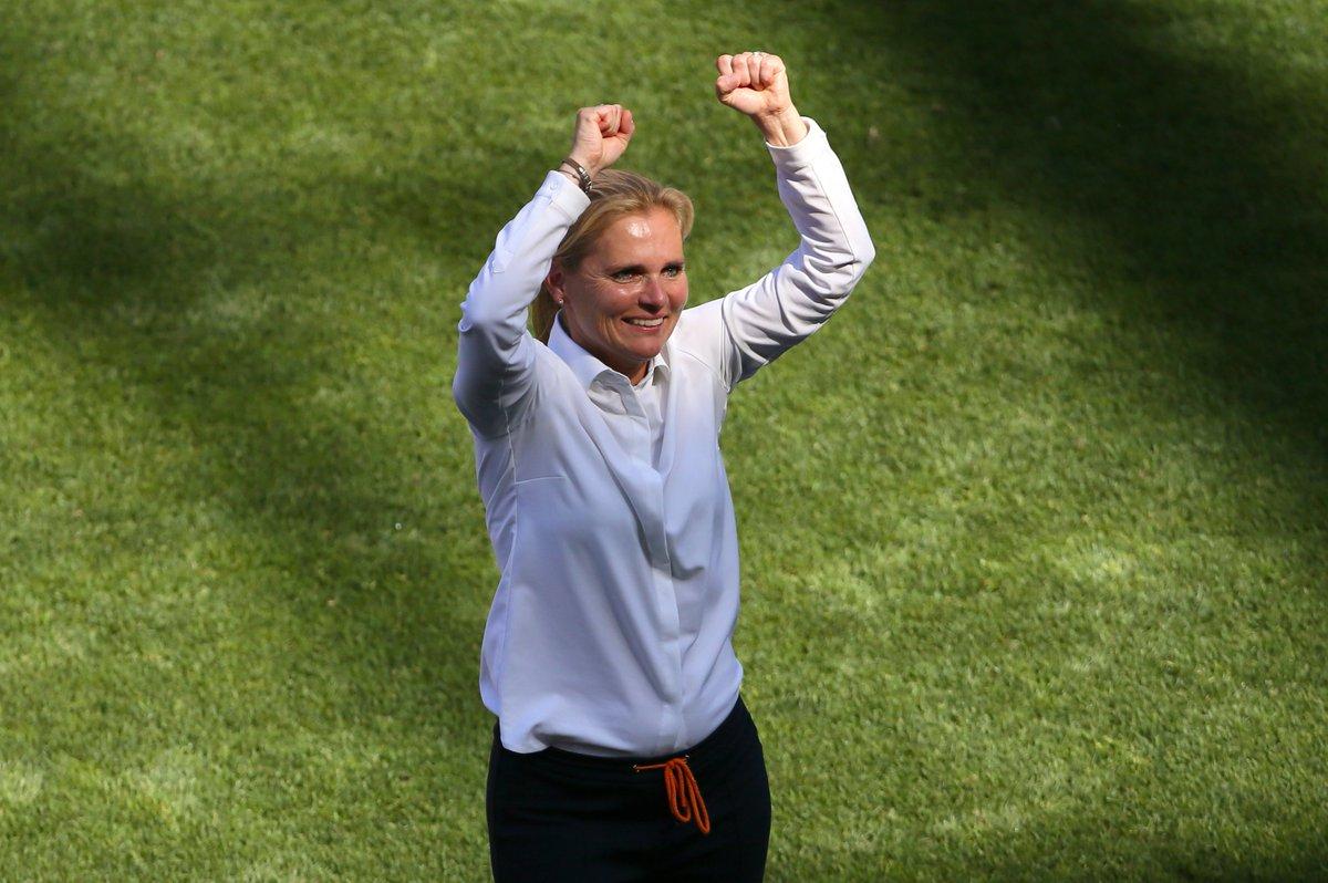 巾帼不让须眉,荷兰足协将为女足主帅威格曼建雕像
