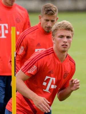 踢球者:阿尔普想留队,拜仁将根据季前表现做决定