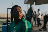 一图流:想啥呢?尼日利亚赛前训练,伊哈洛满面愁容