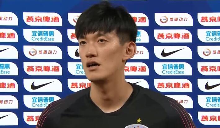 颜骏凌:两队都展示了很高的技术程度,恒大客场不好踢