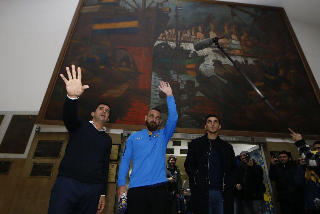 民间:前罗马队长德罗西加盟阿根廷博卡青年