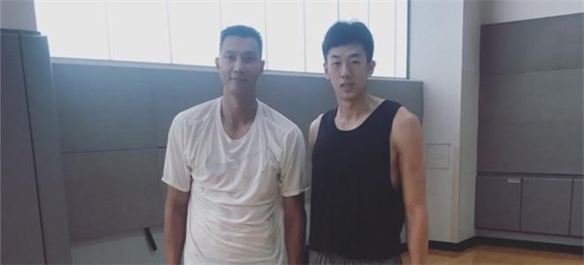 王少杰当选状元,易建联为其送祝福:新赛季见