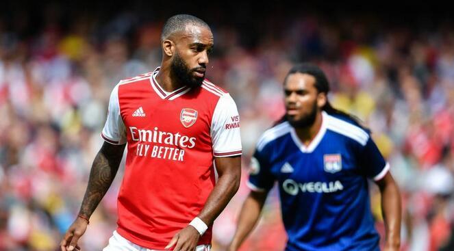酋长杯:奥巴梅扬破门登贝莱两球,阿森纳1-2里昂