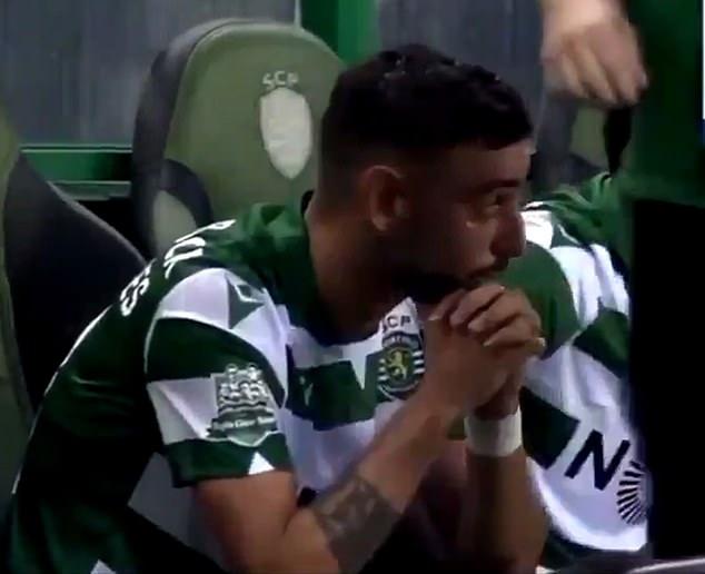 快要走了?布鲁诺在葡体对瓦伦西亚的比赛中落泪