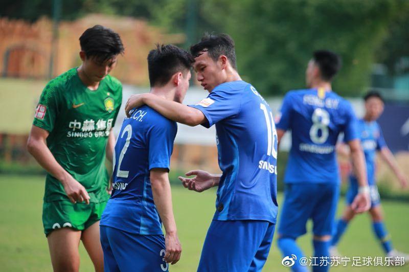 官方:苏宁U23中场高天意租借加盟深足,为期半年