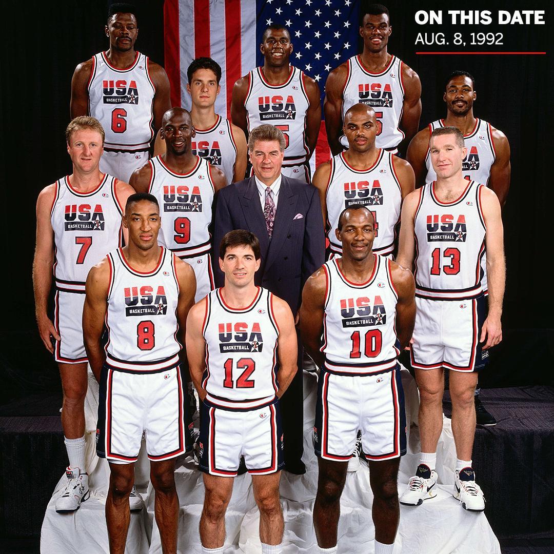 27年前的今天:美国男篮梦之队巴塞罗那夺金
