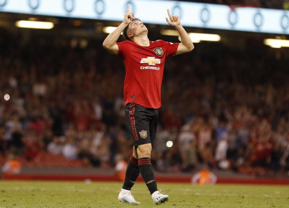 GIF:幼将詹姆斯始秀即破门,曼联4-0领先