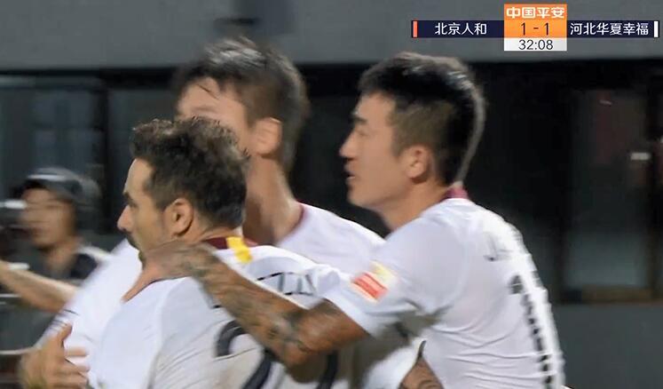 GIF:马斯切拉诺造点拉维奇命中,人和1-1中原幸运