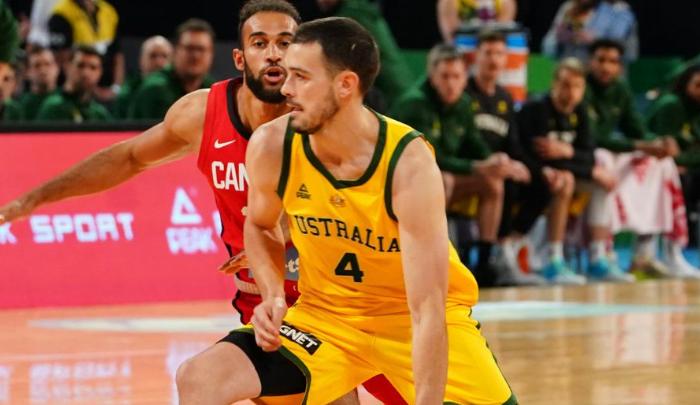 澳大利亚男篮热身赛81-73胜加拿大,下半场轰51分