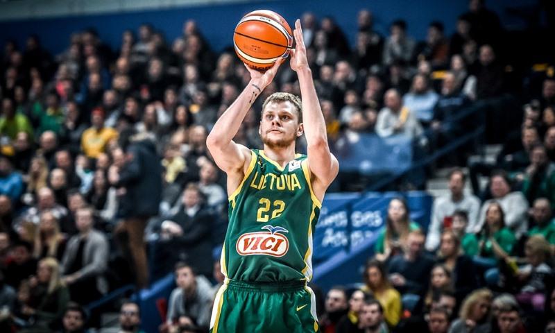 官方:立陶宛男篮将球队阵容名单缩减至14人