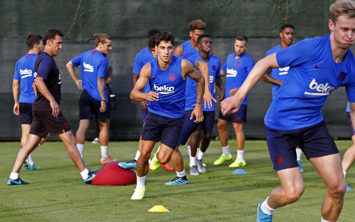 梅西苏亚雷斯不息恢复,B队新援始次参添巴萨相符练