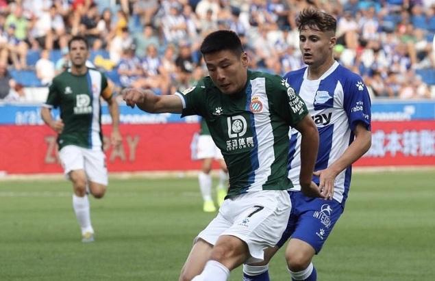 武磊替补迭戈-洛佩斯救险,西班牙人客场0-0阿拉维斯