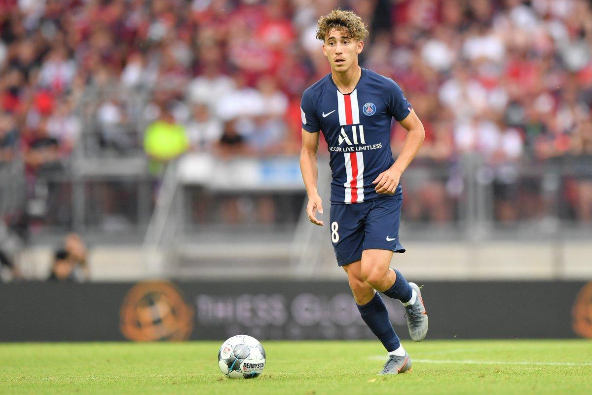 幼鬼当家,巴黎排出队史最年轻的始发球员 门将征战法甲
