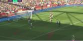 GIF:莱诺扑球脱手,埃里克森补射入网,热刺客场1-0领先