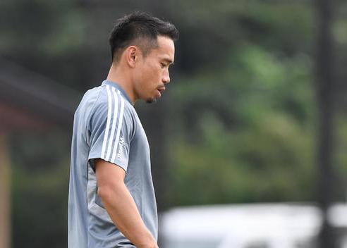 长友佑都谈日本队19名旅欧球员:走向世界还远远不够