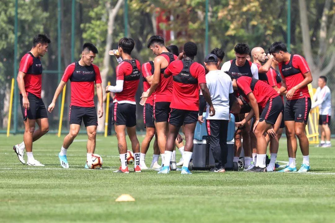 中原幸福进驻新训练基地,联赛重启前最初一周开始冲刺
